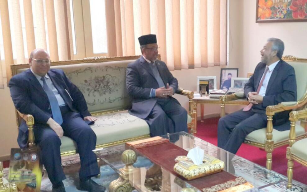 TYDP PUM berbincang dengan TYT Dato' Duta Malaysia ke Mesir